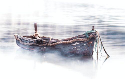 in the same boat, 同じ立場